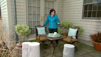 How to Create An Outdoor Breakfast Nook