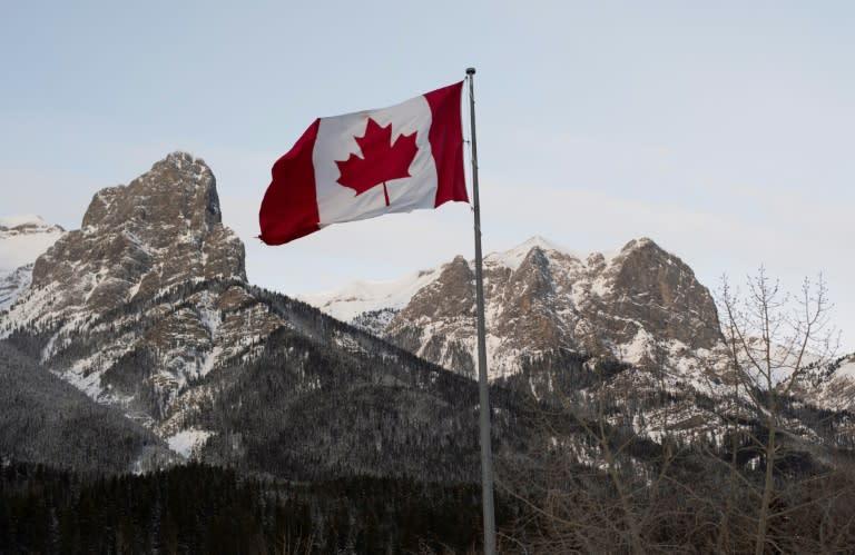 Canada: International trade deficit narrowed to $1.1 billion in November