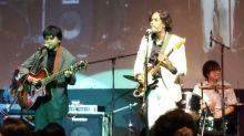KJ muat naik klip bawa lagu 'The Beatles' bersama anak