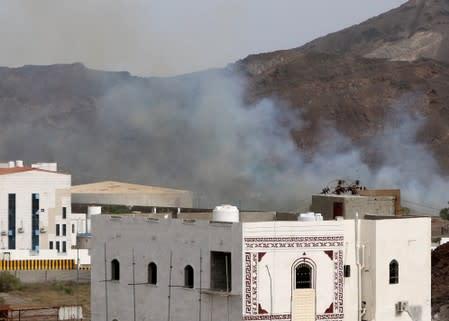 Fighting resumes in Yemen's Aden amid tensions: sources