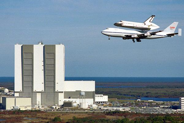 PSA: Space Shuttle Enterprise flying over NYC this morning