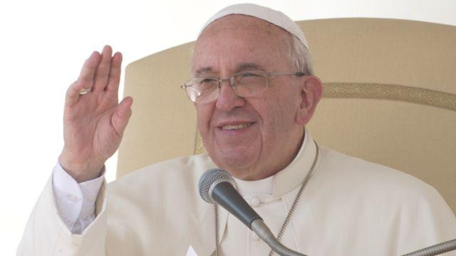 Pope Francis to auction Harley for charity