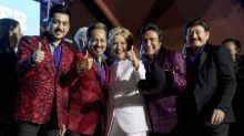 Clinton campaign makes final push for Latino votes