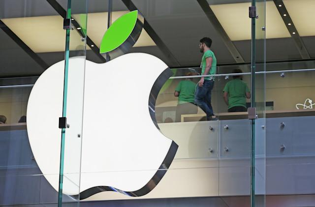 FDA details 2013 meeting with Apple