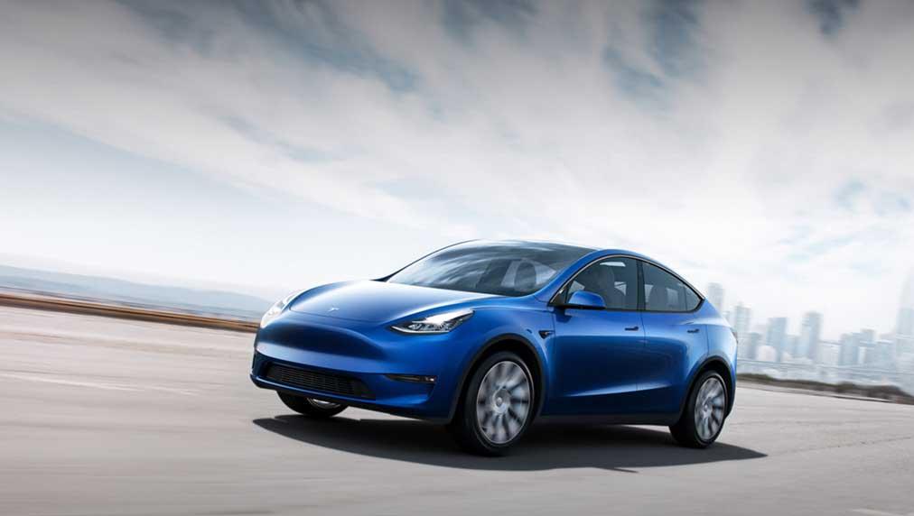 Tesla Earnings Beat But Musk Warns On Chips, Semi Delayed; FSD Subscription 'Debatable'