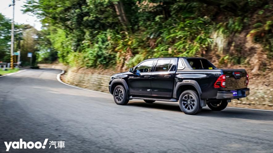 萬鈞之勢要輾壓的不只是惡地!2020 Toyota Hilux 2.8小改款西岸濱海試駕! - 25