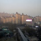 China Q4 GDP growth to slow on debt, pollution clampdown