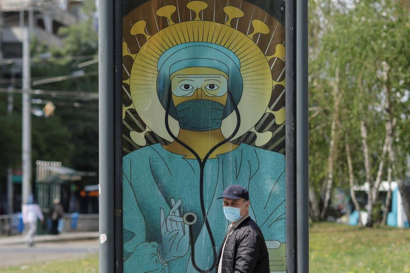 Romanian capital makes masks compulsory in public at all times
