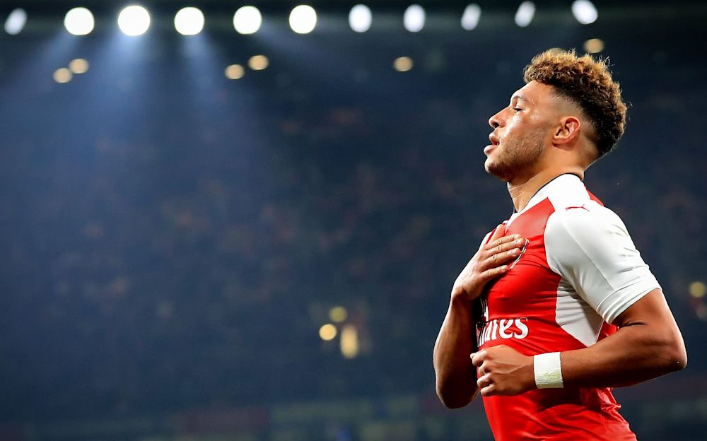 Arsenal manager Arsène Wenger believes Alex Oxlade-Chamberlain should stay put - Copyright (c) 2016 Rex Features. No use without permission.