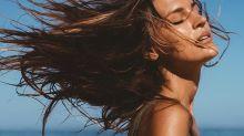 Ces deux huiles sont de puissants élixirs naturels qui subliment tous les cheveux