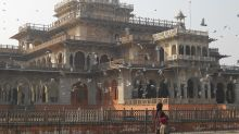 10 of the most stunning palaces of India