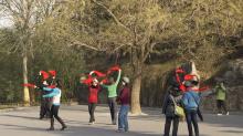 阿里巴巴百萬聘請廣場舞大媽,知道中國的廣場舞商機嗎?