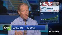Lululemon price target raised to $145 at Telsey Advisory