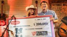 Tractor Supply Makes Surprise $200,000 Donation to Miranda Lambert's MuttNation Foundation