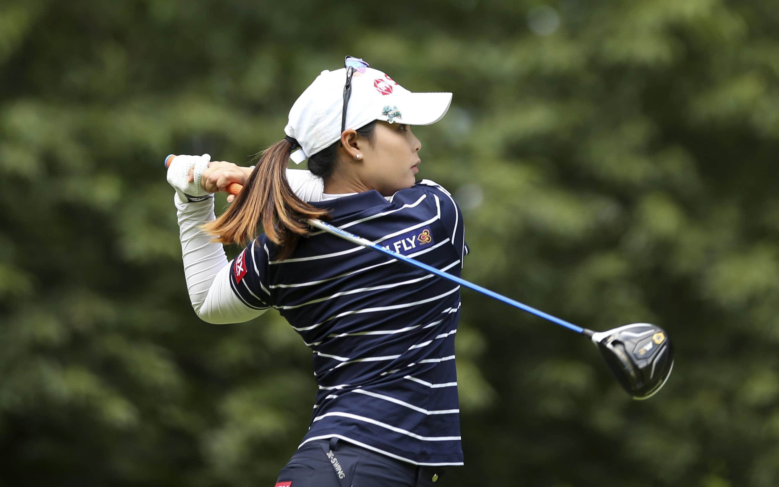 Shibuno grabs lead at Women's British Open on dream debut