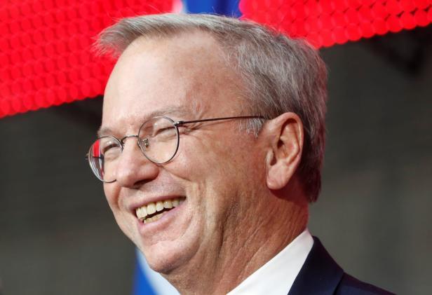 Eric Schmidt to step down as executive chairman of Alphabet