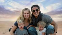 Découvrez cette famille, payée pour voyager à travers le monde