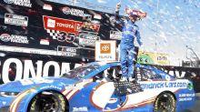 Larson wins second straight Nascar race