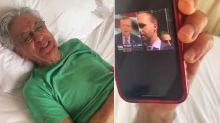 Caetano Veloso cai na gargalhada ao ouvir entrevista em inglês de Eduardo Bolsonaro