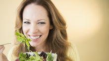 """Alimentos """"saludables"""" que engordan: cómo desenmascarar la grasa, azúcares y sal escondida"""