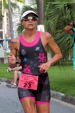 Fernanda Garcia inicia a defesa do título do Troféu Brasil de Triathlon