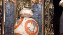 BB8 was hands-down the best presenter at the 2018 Oscars