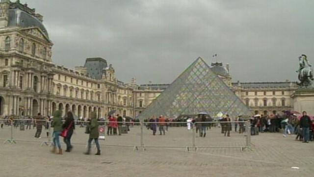 French Art and Pick Pocketing