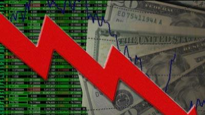 Dow Plunges Close to 1,000 Points: Human Error or Panic?