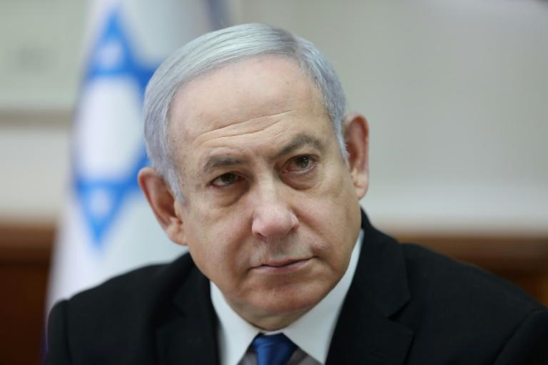 Lawyer to be charged with graft in new woes for Netanyahu