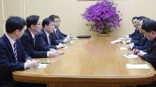 Kim Jong-un hosts historic meeting with South Korean delegation