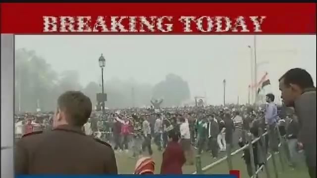 Delhi cops blame political interference for protest turning violent Part-1