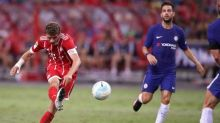 Mueller double helps Bayern see off Chelsea in Singapore