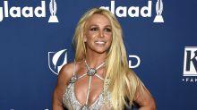 Britney Spears disfrutando del trópico con su novio