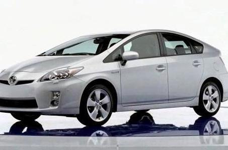 Next-gen Prius semi-officially leaks out: yep, looks like a shoe