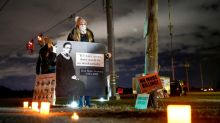 The fight to avert one last execution on Trump's watch