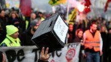Retraites: une myriade de cagnottes pour soutenir les grévistes