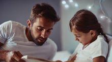 10% das crianças ficam acordadas até as 22 horas. Como levá-las mais cedo para a cama?