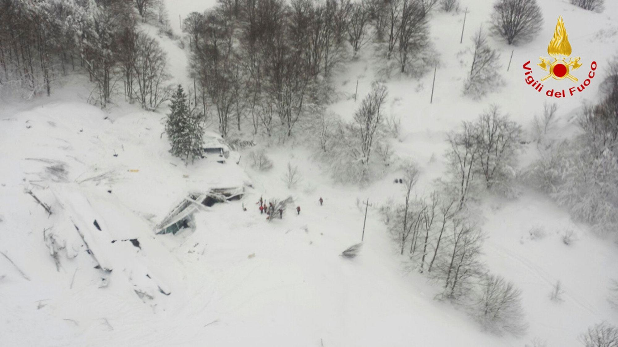 <p>An aerial view shows Hotel Rigopiano in Farindola, central Italy, hit by an avalanche on Jan. 19, 2017. (Vigili del Fuoco/Handout via REUTERS) </p>