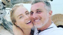 """Luciano Huck diz que sexo tântrico ajudou seu casamento: """"Quase 20 anos juntos"""""""