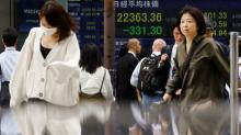 Asia stocks struggle as global woes persist, oil near two-month lows