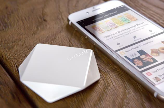 Facebook's Place Tips goes national, retailers get free beacons