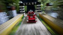 Photographer recreates iconic shots with Lego