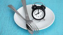Le jeûne intermittent : comment adopter cette méthode scientifiquement prouvée pour perdre du poids