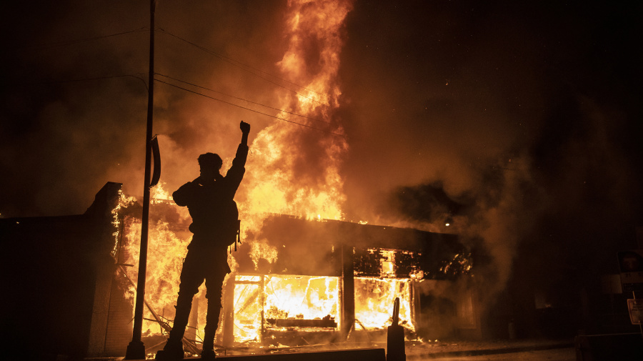 Fiery clashes between police, protesters spread in America
