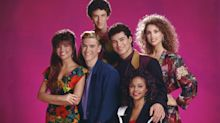 'Saved By The Bell' Stars Reunite To Toast 30 Years Of Friendship