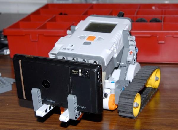 Hey, Lego my Droid, you remote-controlled fiend! (video)
