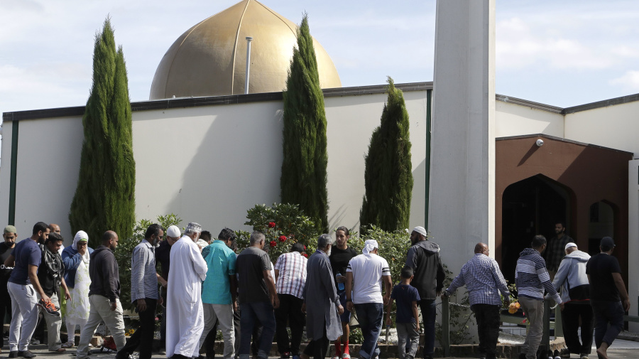 Hundreds visit N.Z. mosque as it reopens after shooting
