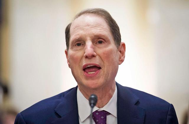 Senator Wyden wants to jail execs who don't protect consumer data