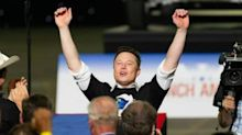 Tras superar la fortuna de Warren Buffet, Elon Musk se convirtió en la séptima persona más rica del mundo