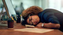"""""""Schlaf gut, Kollege"""" - Wann macht der Büroschlaf Karriere?"""